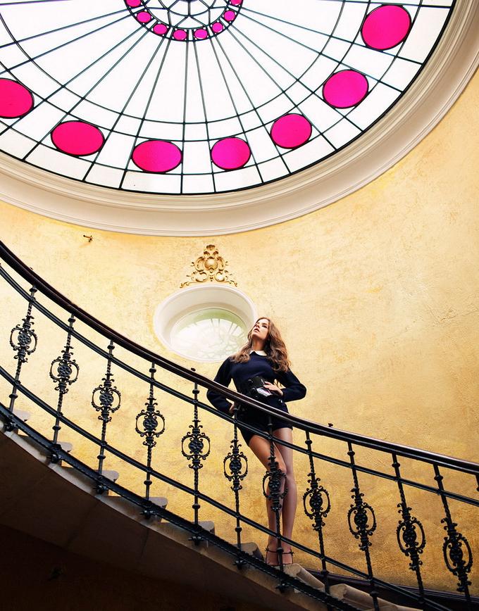 Model - Barbara Palvin - Staircase.jpeg