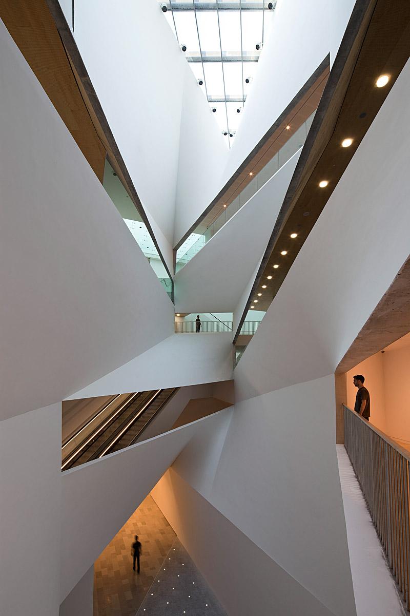 Architecture - Escalator