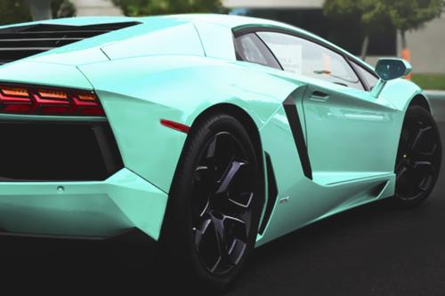 Lamborghini - Aventador - White
