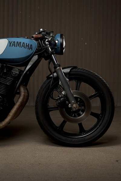 Motorcycle - Yamaha - Blue