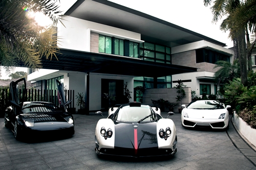 Architecture - # Cars Driveway