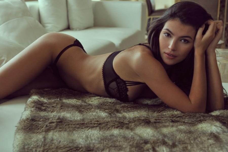 Model - Nadya Nepomnyashaya - Brown.jpg