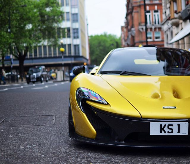 Cars - McLaren P1 - Yellow.jpg