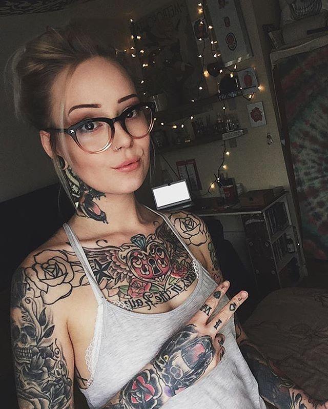 Rose Mo