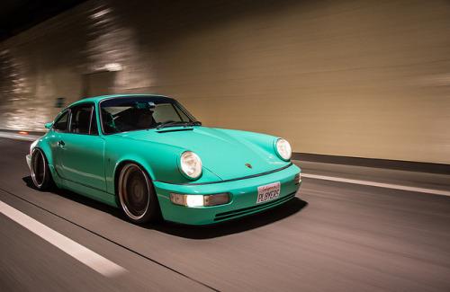 Cars - Porsche - Turquoise.jpg