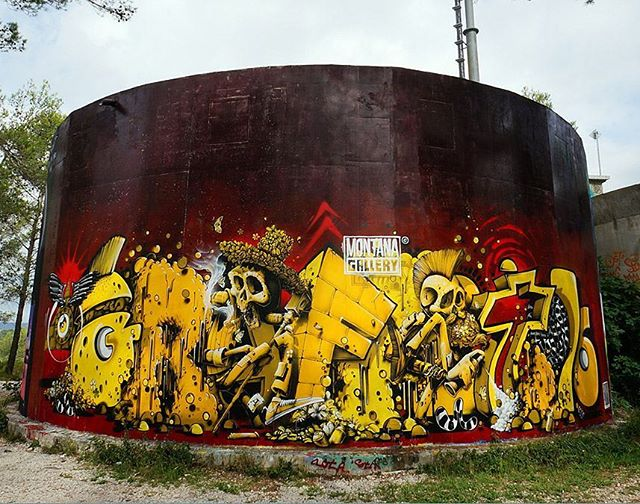 Graffiti - Momies, Yellow, Black, Red.jpg