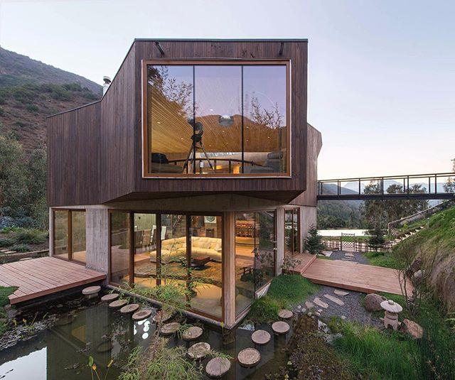 Architecture - El Maqui House, GITC Architects, Vaparaiso, Chile.jpg