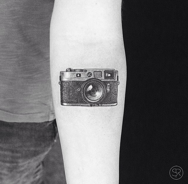 Tattoo - Sven Rayen, Camera.jpg