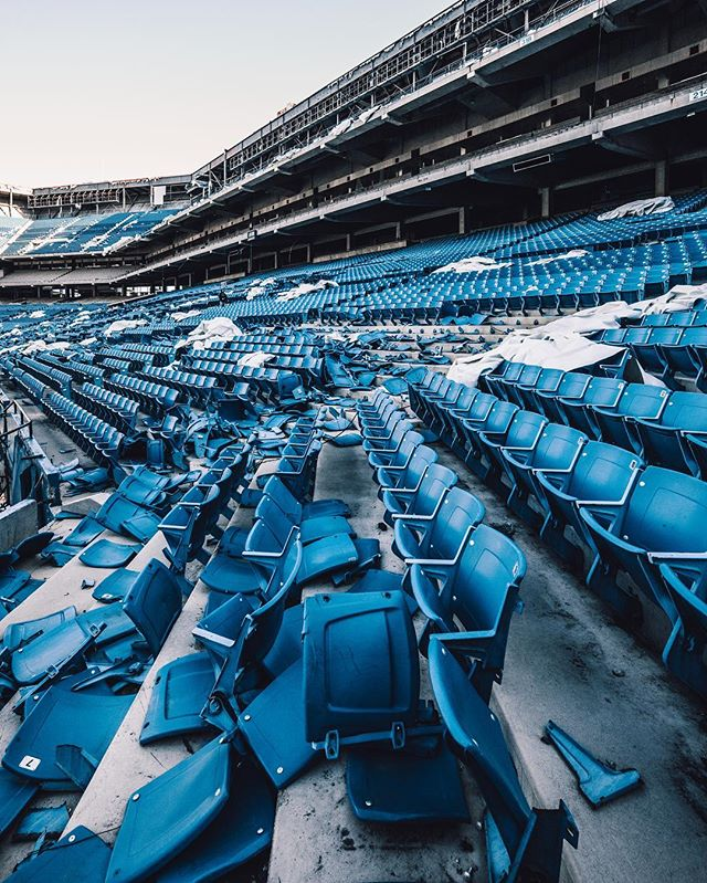 Photography - Trashhand, Seats.jpg