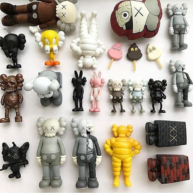 KAWS - Collection.jpg