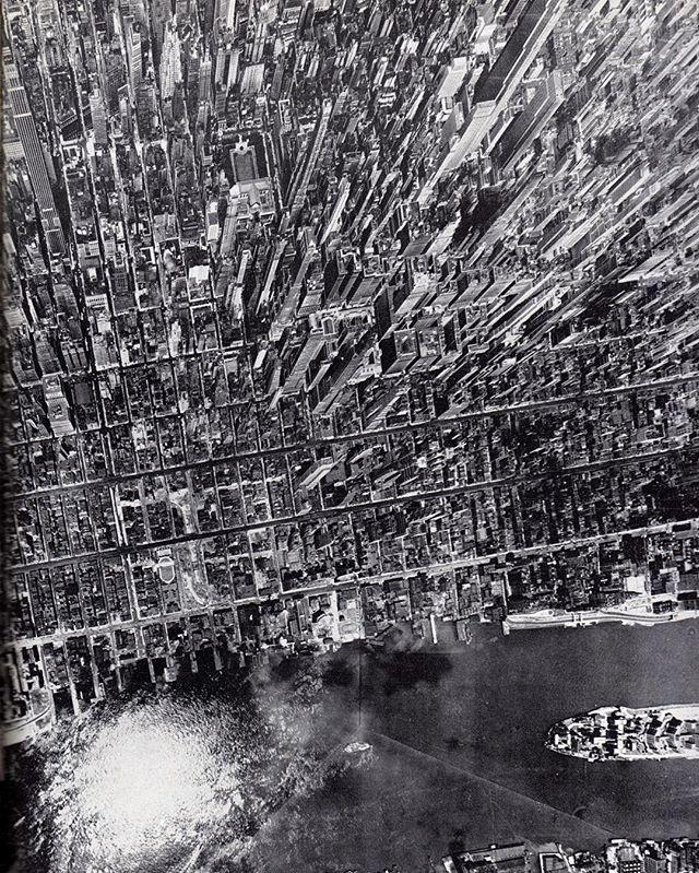 Photography - Andreas Feininger, 1944, New York, Manhattan.jpg
