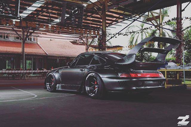 Car - Porsche -  Rauh Welt Begriff Malaysia - Black.jpg