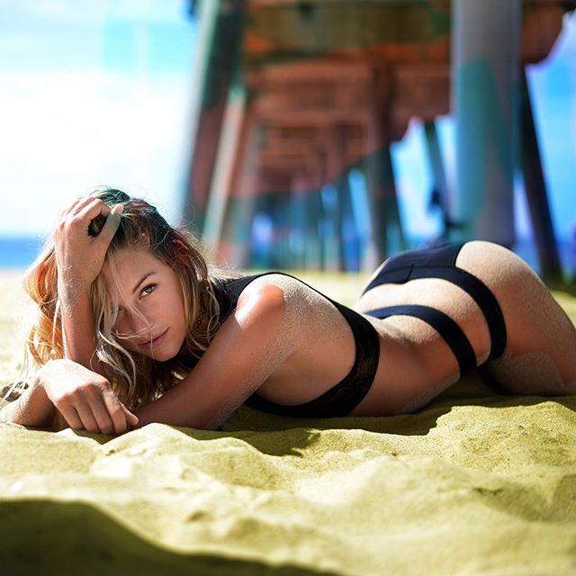 Model - Ashleigh Austin, Brown, Yellow, Black, Blue.jpg