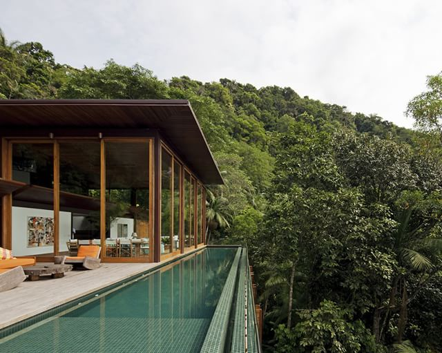 Architecture - Bernardes + Jacobsen Arquitetura - AMB House.jpg