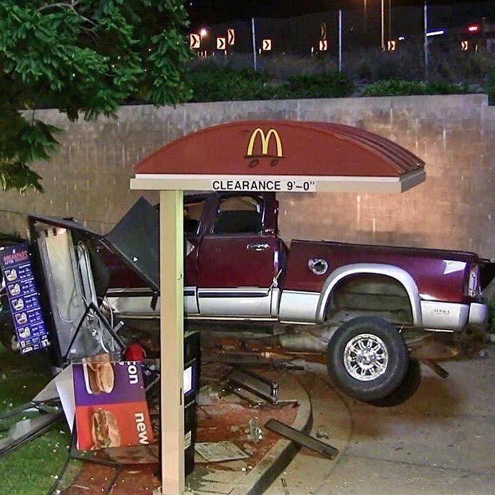 Cars - Truck, McDonalds, Crash.jpg